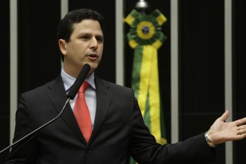 Bruno Araújo (PSDB-PE) reconheceu a autoria do PT