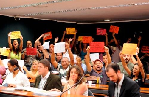 Mais um dia de protestos na Comissão  de Direitos Humanos contra Marco Feliciano (Foto: Alexandra Martins/Câmara)